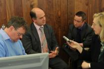 Dr Peadar Gilligan speaking with journalists at IMO AGM 2012