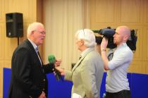 Prof Cillian Twomey is interviewed for TG4